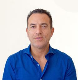 Dr. António Costa</p> <p><strong>Consultas:</strong><br />Centro Clínico Arcos de Valdevez<br /> Centro Clínico Ponte da Barca<br />Centro Clínico Correlhã</p> <p><strong>Acordos e convenções:</strong></p> <p> MULTICARE   MÉDIS   ADVANCECARE   SAÚDE PARTICULAR