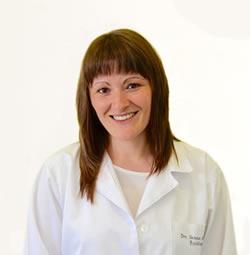Dra. Vanesa Alvarez